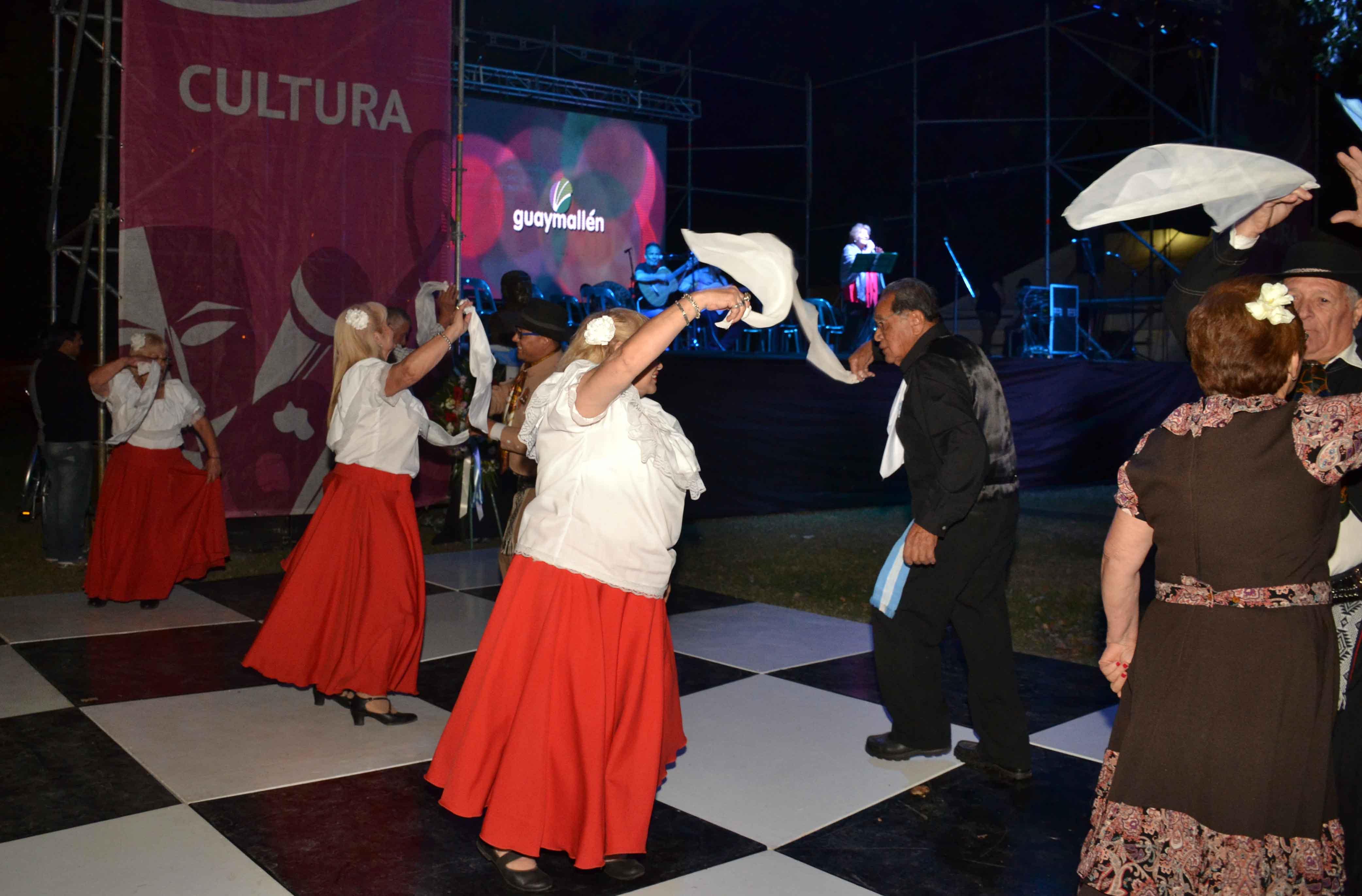 Noche Buena de Folklore (23)