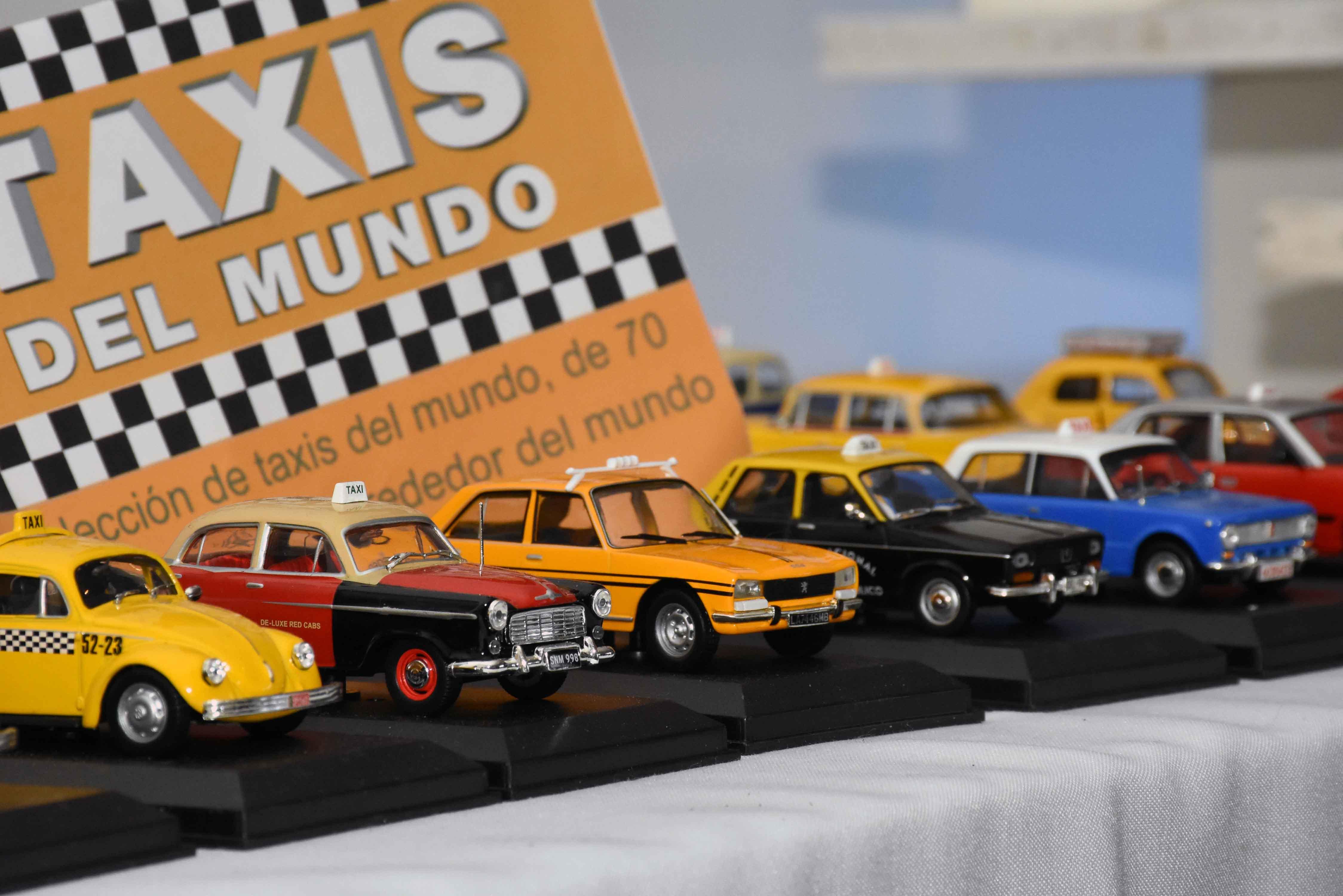 Exposición de autos a escala en La Barraca (16)