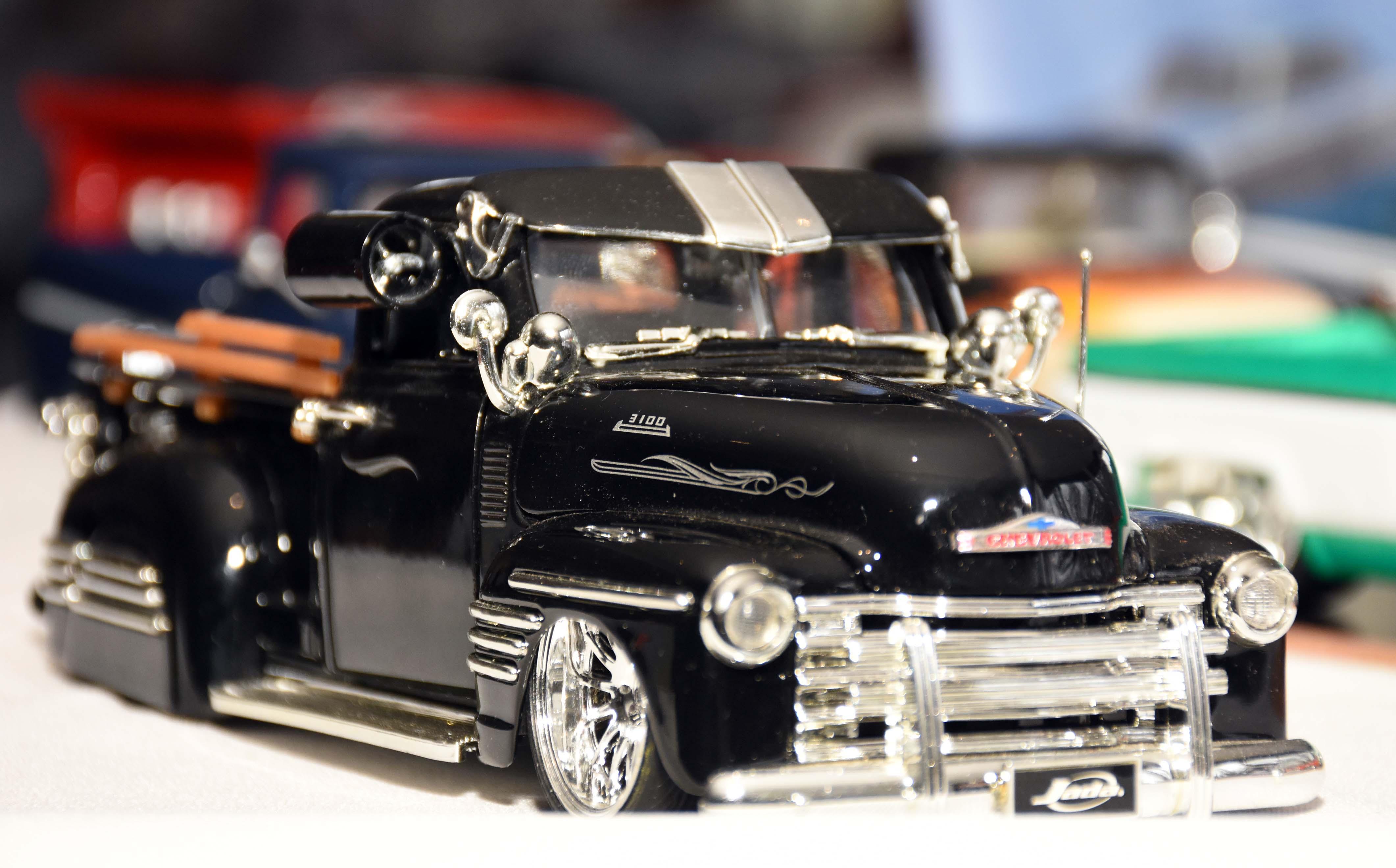 Exposición de autos a escala en La Barraca (7)