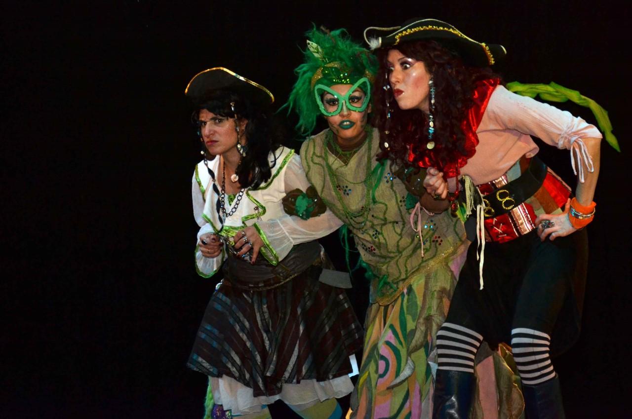 Piratas por casualidad. Elenco L' Actitud 33- Cine Teatro Armando Tejada Gómez (5)
