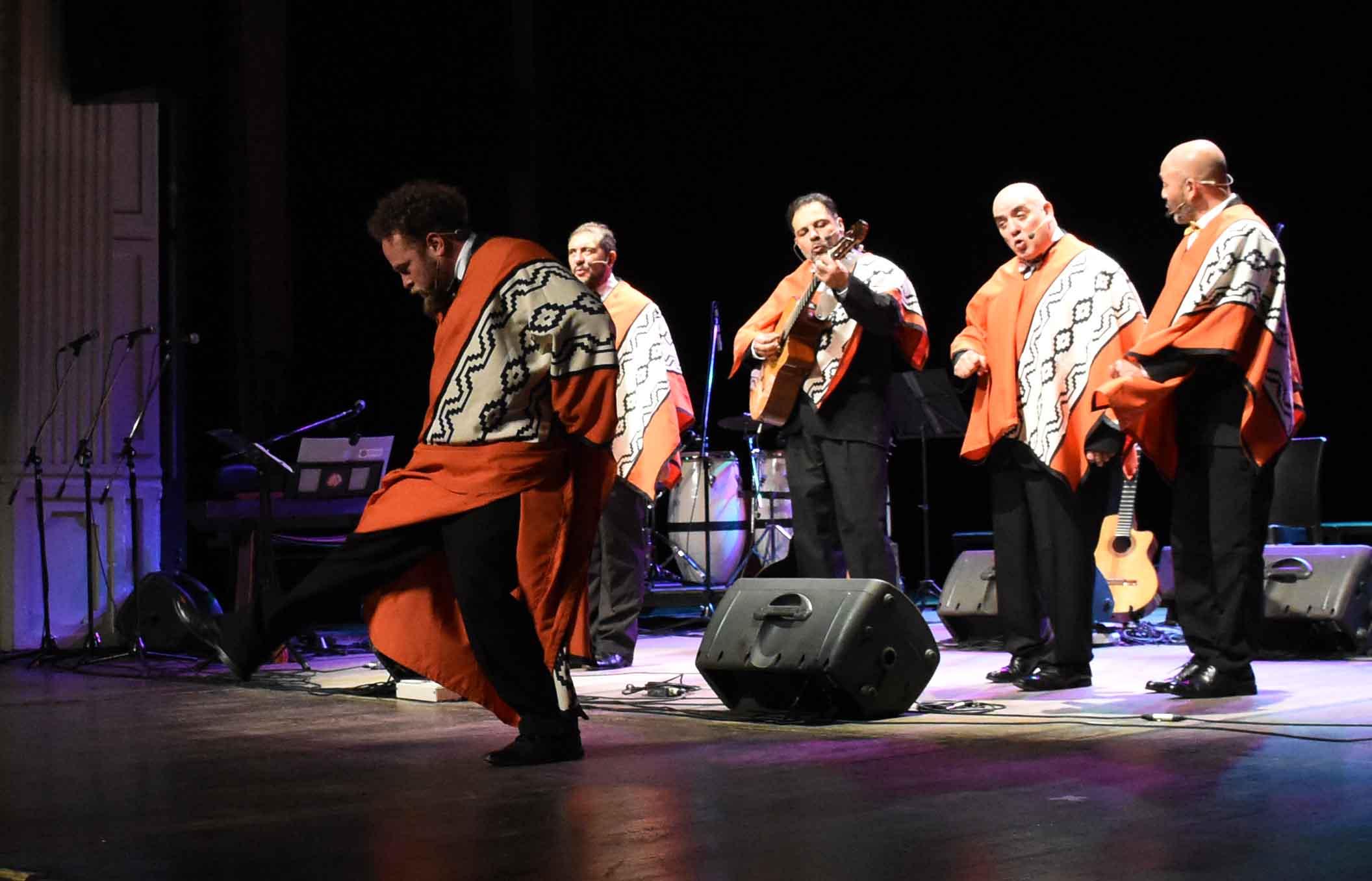 Canto a Guaymallén - Guaymallén coral- teatro Independencia (39)