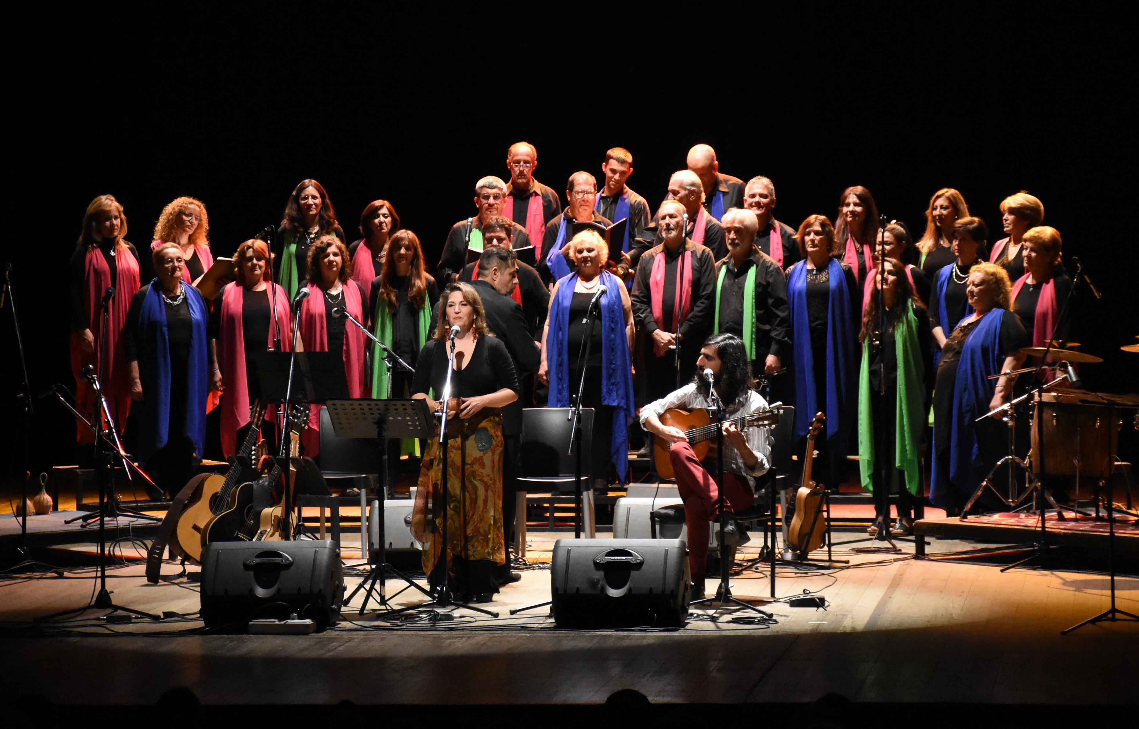 Canto a Guaymallén - Guaymallén coral- teatro Independencia (47)