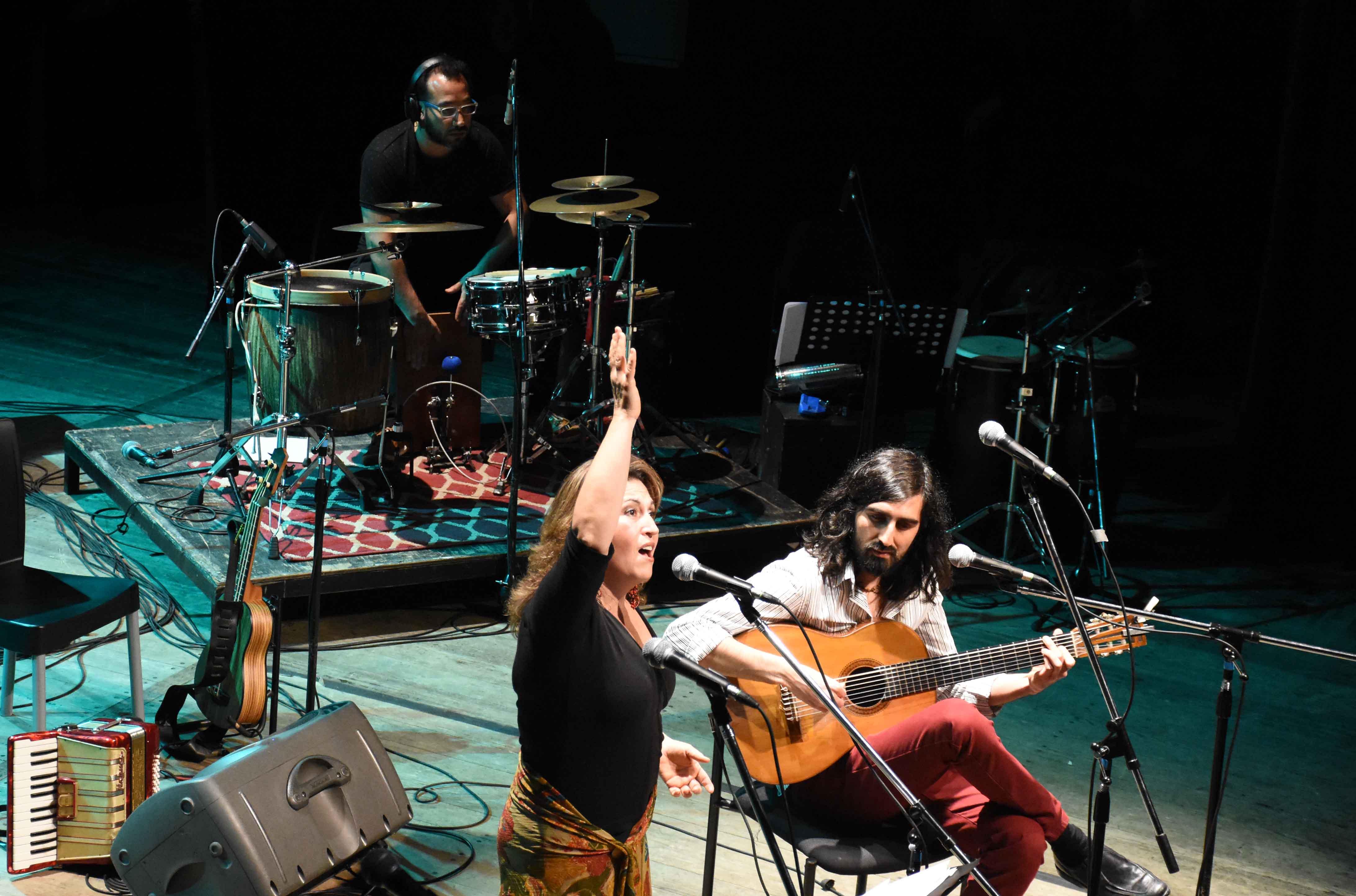 Canto a Guaymallén - Guaymallén coral- teatro Independencia (49)