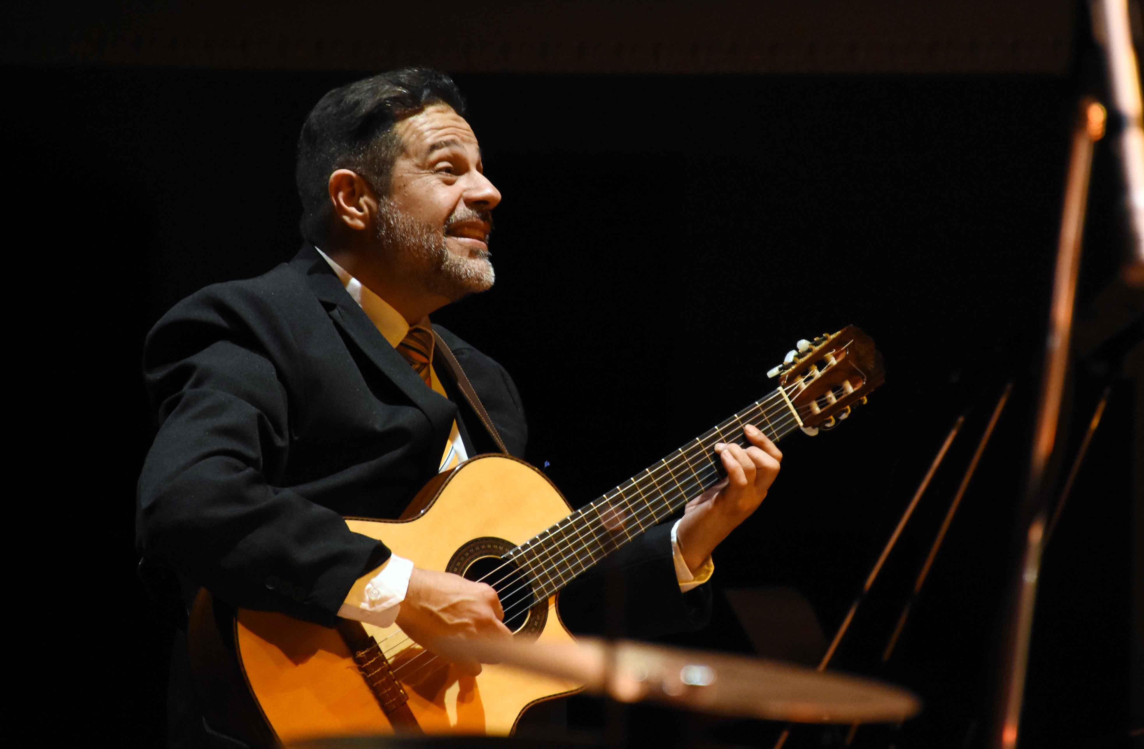 Canto a Guaymallén - Guaymallén coral- teatro Independencia (5)
