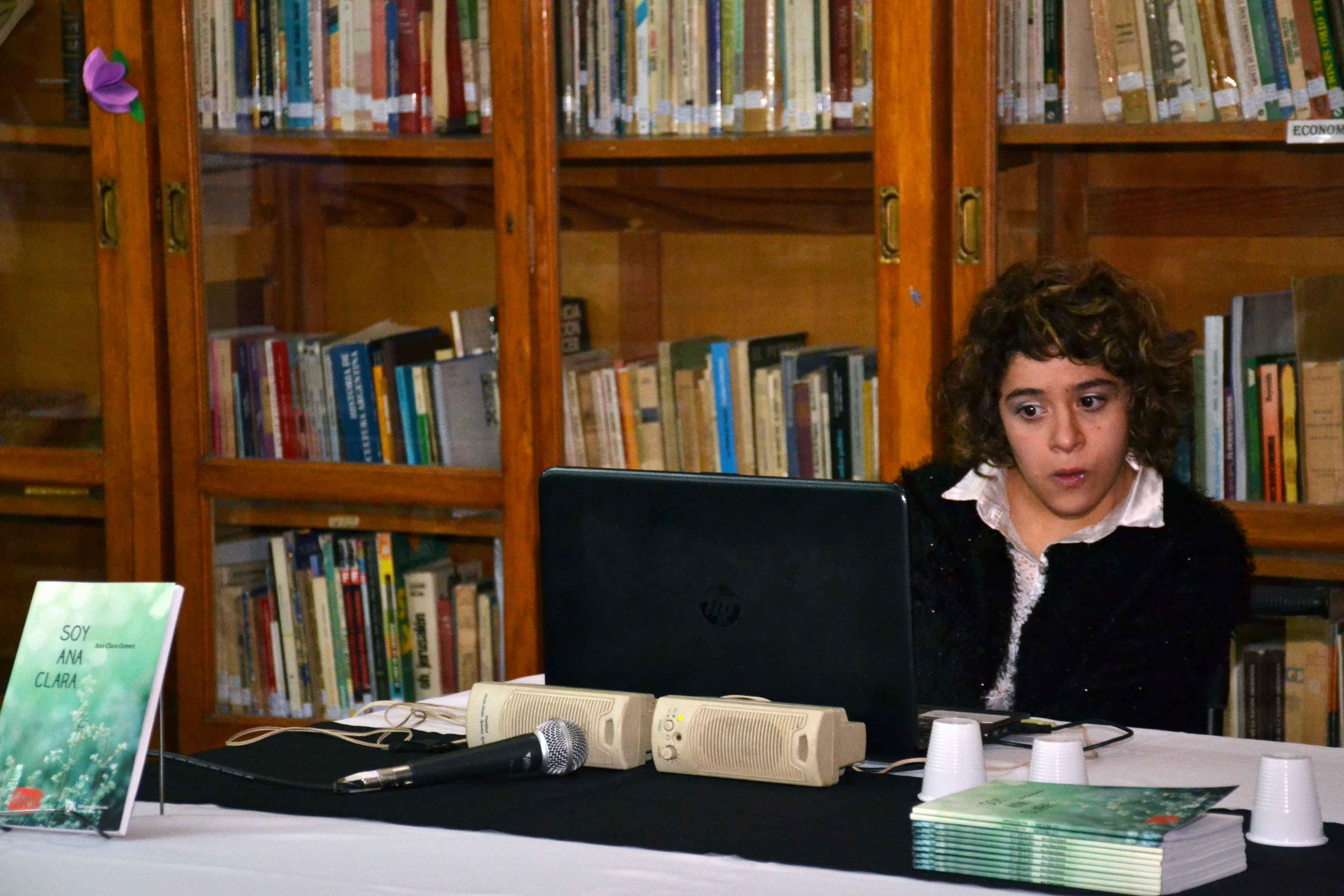 Presentación del libro - Soy Ana Clara - Almafuerte (3)