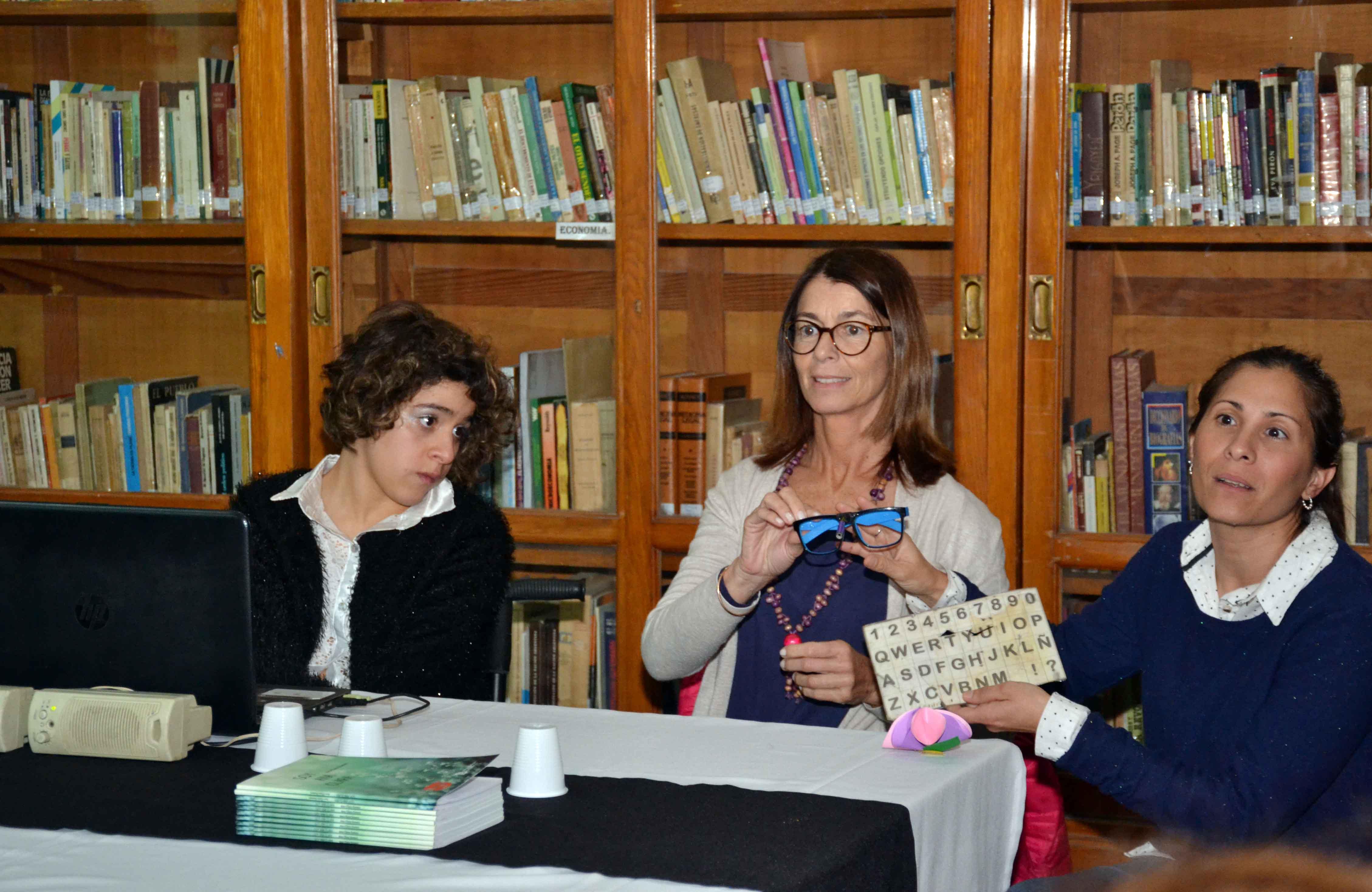 Presentación del libro - Soy Ana Clara - Almafuerte (4)
