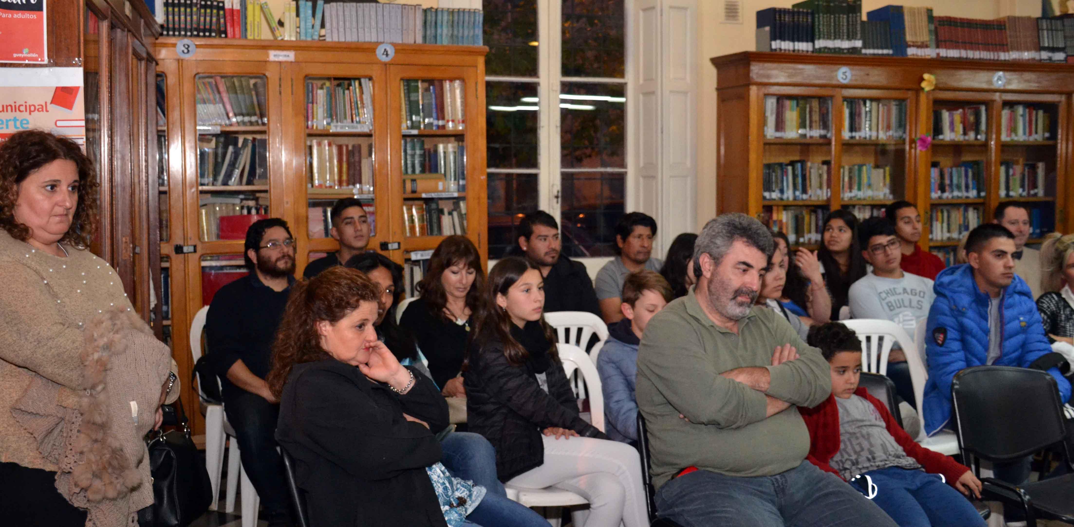 Presentación del libro - Soy Ana Clara - Almafuerte (6)