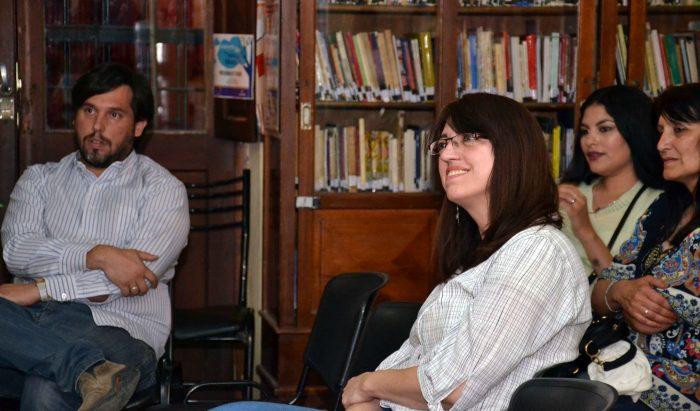 Presentaci_n del Libro DE LAS COSAN QUE PASAN - Biblioteca Almafuerte (12)