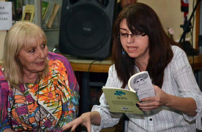 Presentaci_n del Libro DE LAS COSAN QUE PASAN - Biblioteca Almafuerte (7)