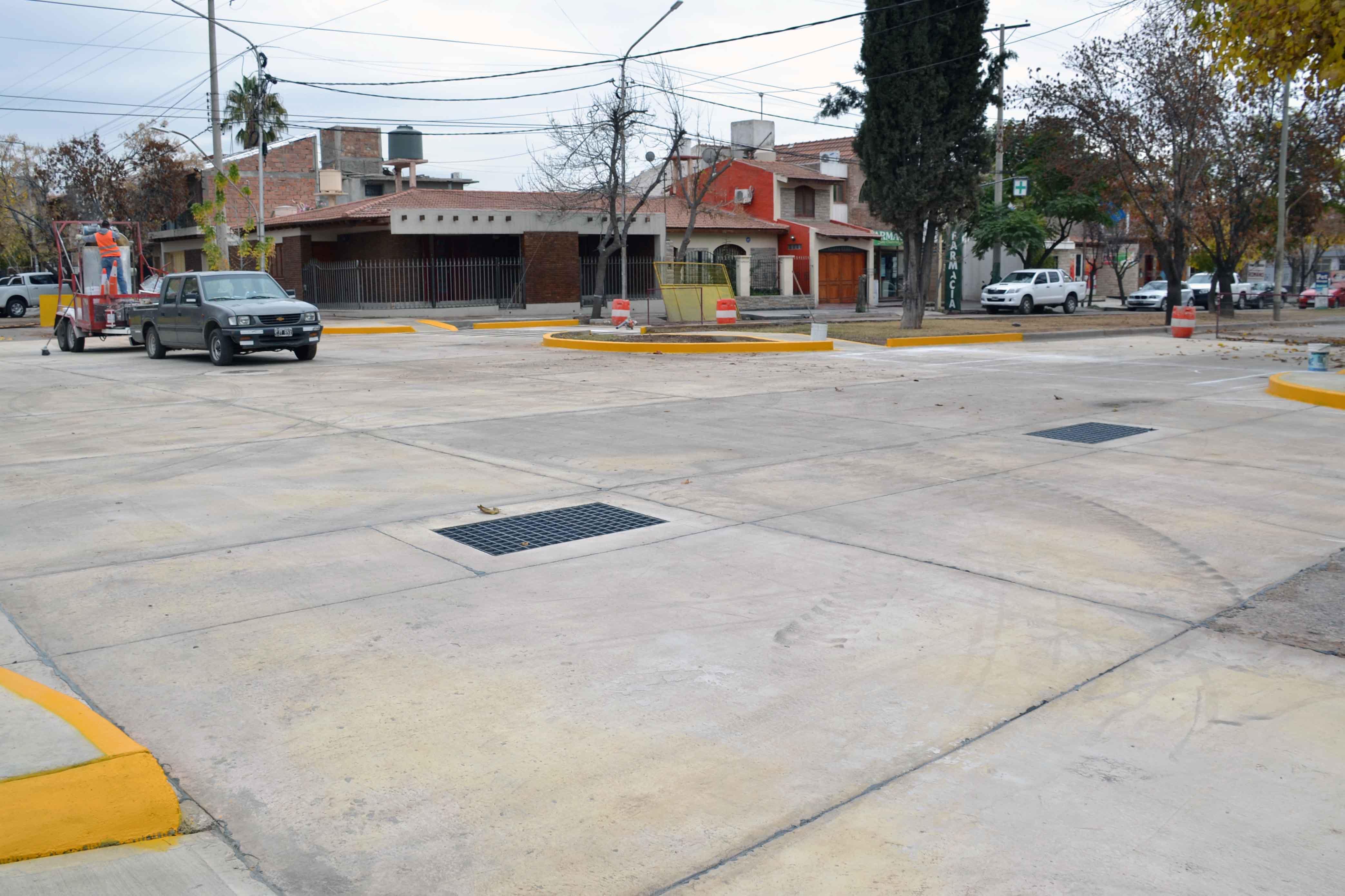Bocacalle - Houssay y Cochabamba (2)
