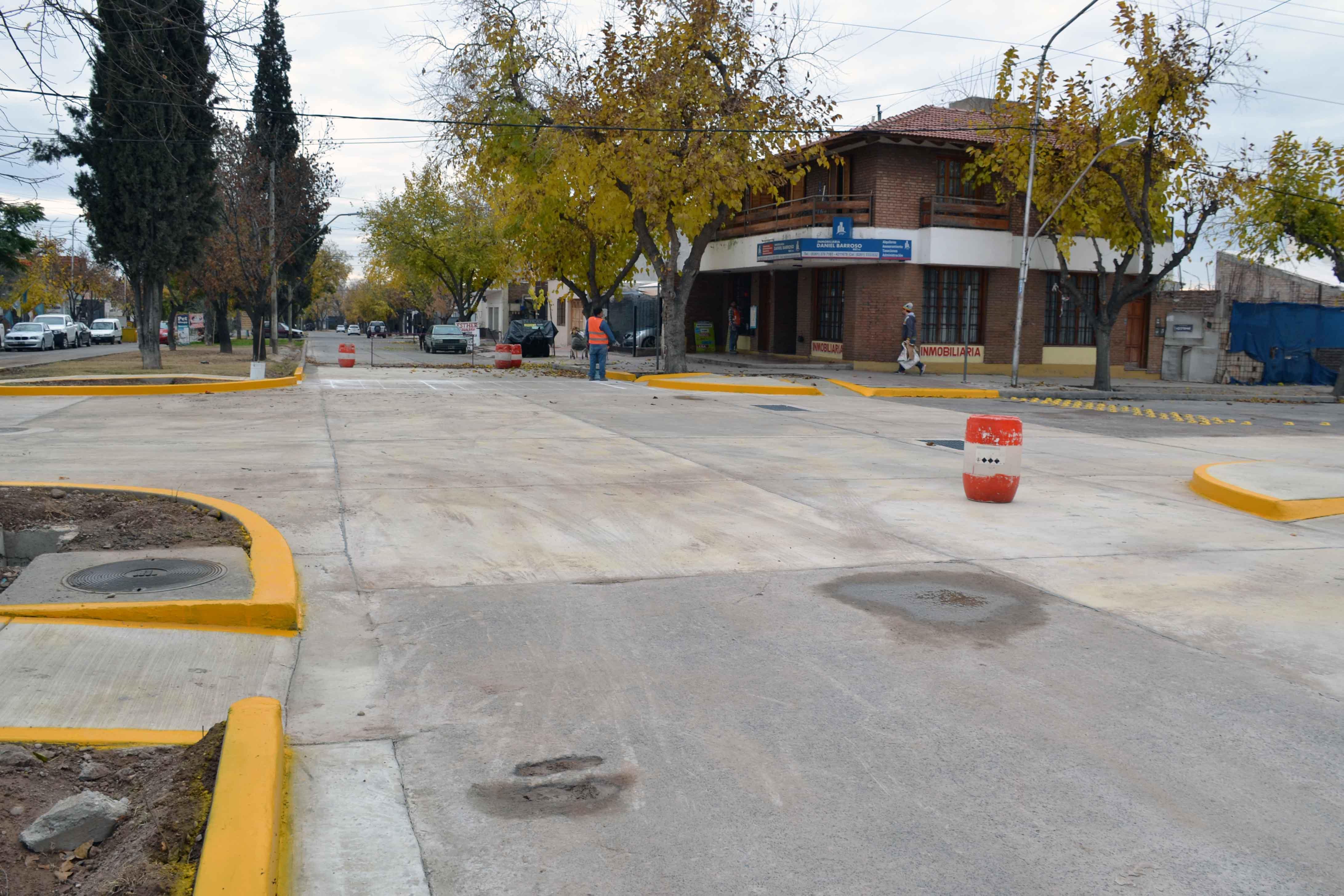 Bocacalle - Houssay y Cochabamba (4)