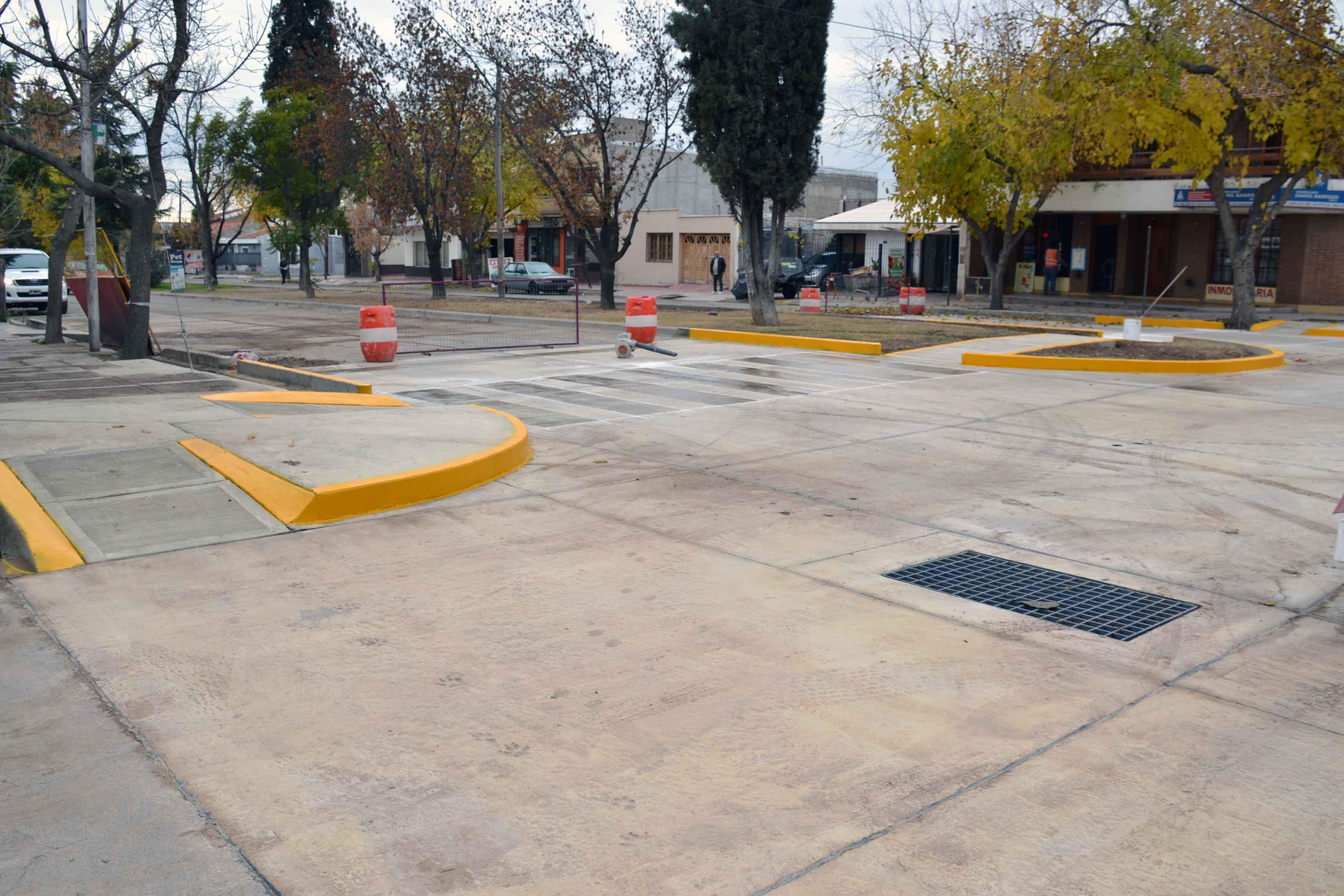Bocacalle - Houssay y Cochabamba (8)