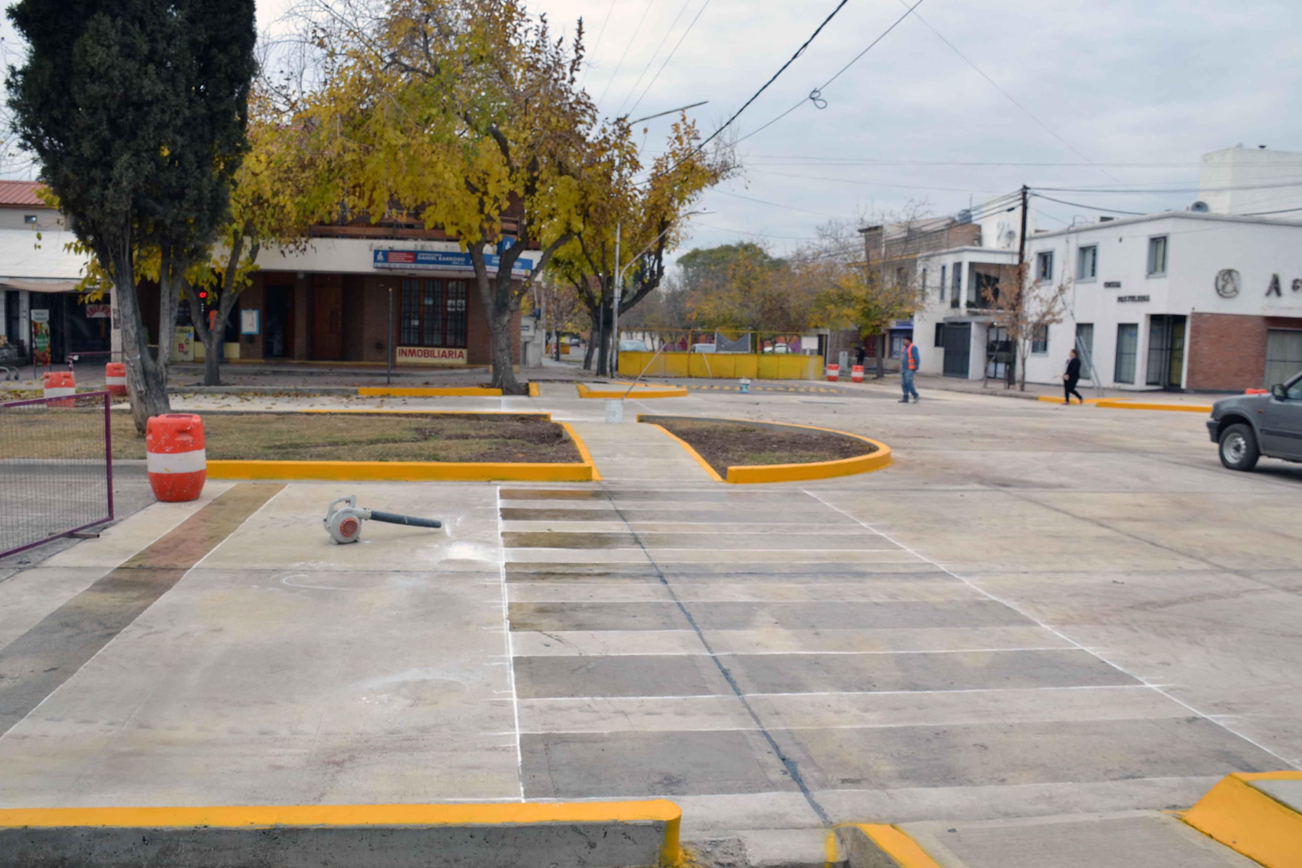 Bocacalle - Houssay y Cochabamba (9)