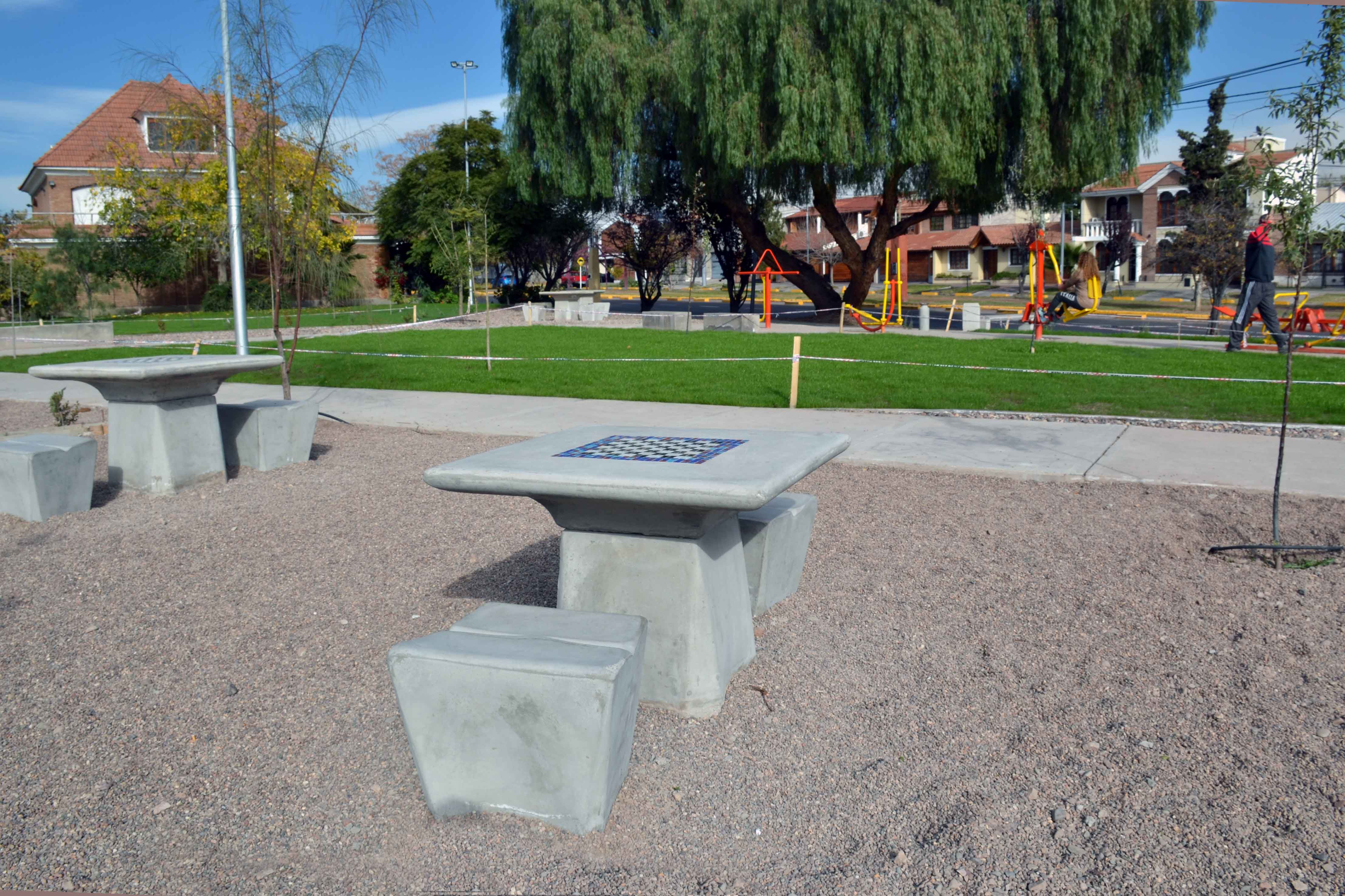 _Plaza Flores de Otoño (2)