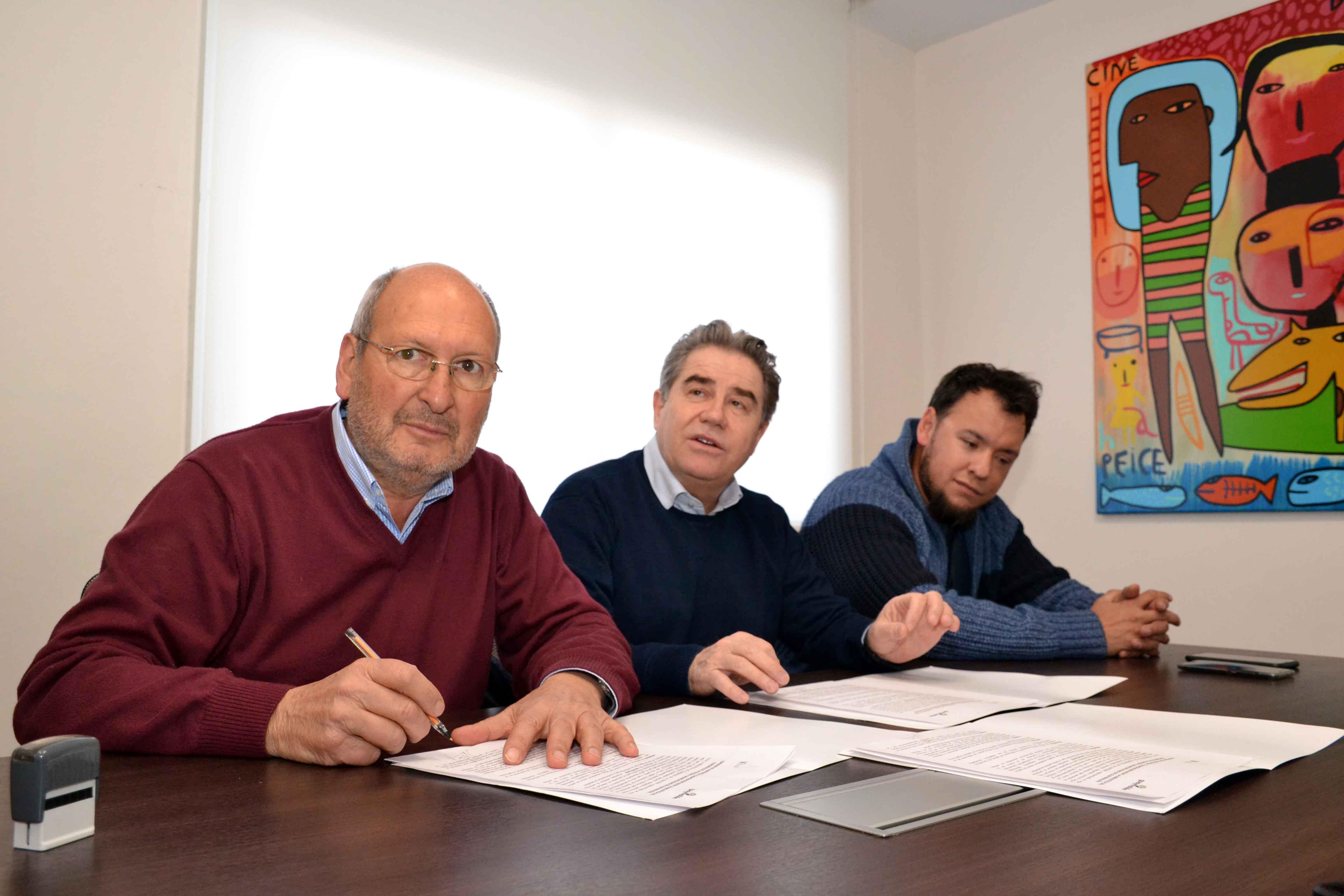 Firma de convenio Municipalidad de Guaymallén con Biblioteca del Congreso de la Nación (2)