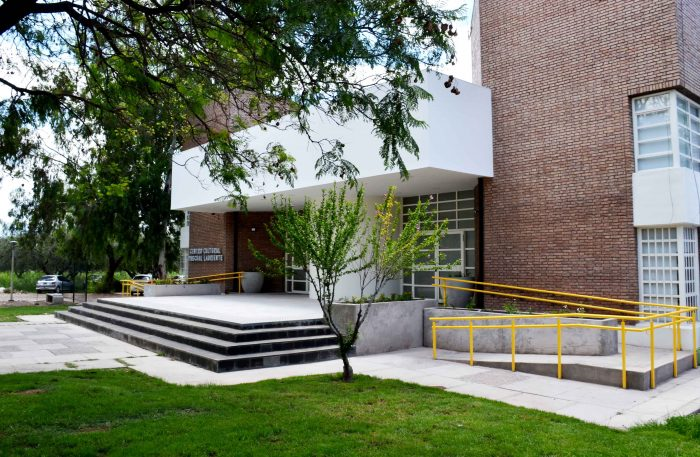 Centro Cultural Pascual Lauriente (21)