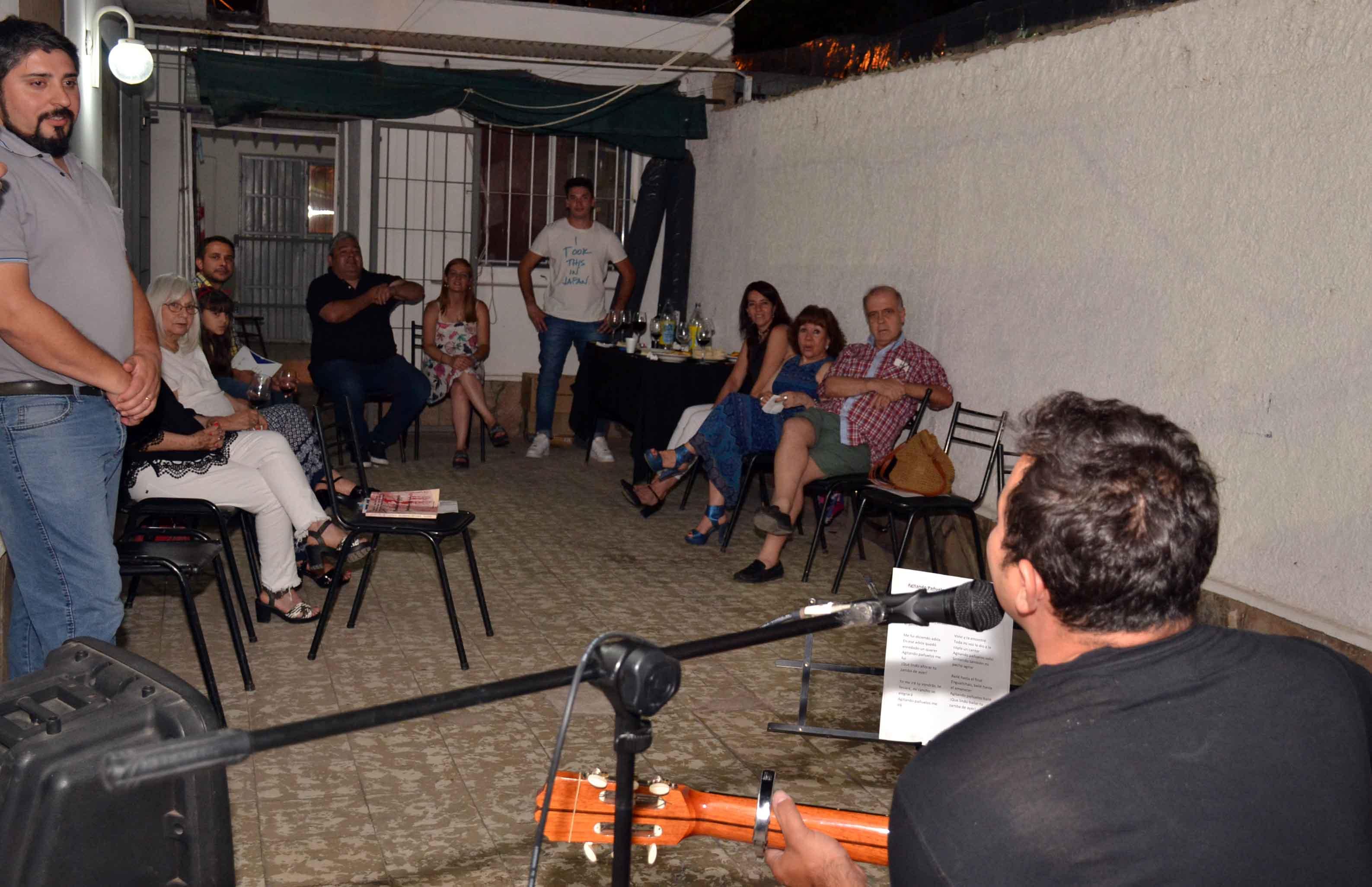 Cierre del programa café literario - Margarita Malharro de Torres (11)