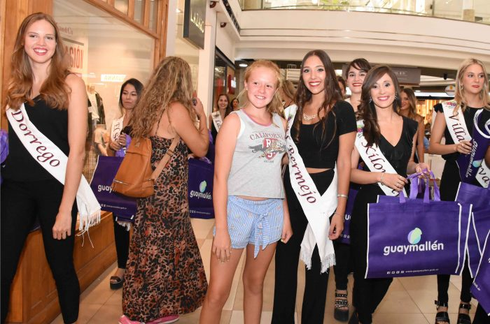 Reinas distritales en Mendoza Plaza Shopping (7)