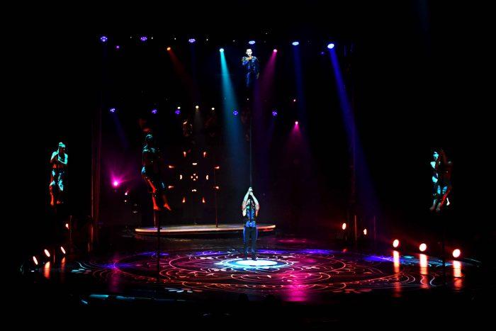 Reinas distritales en el Circo de Anima (16)