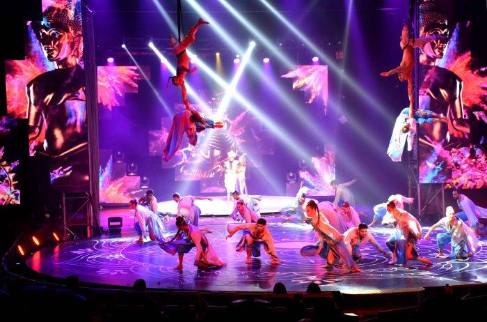 Reinas distritales en el Circo de Anima (4)