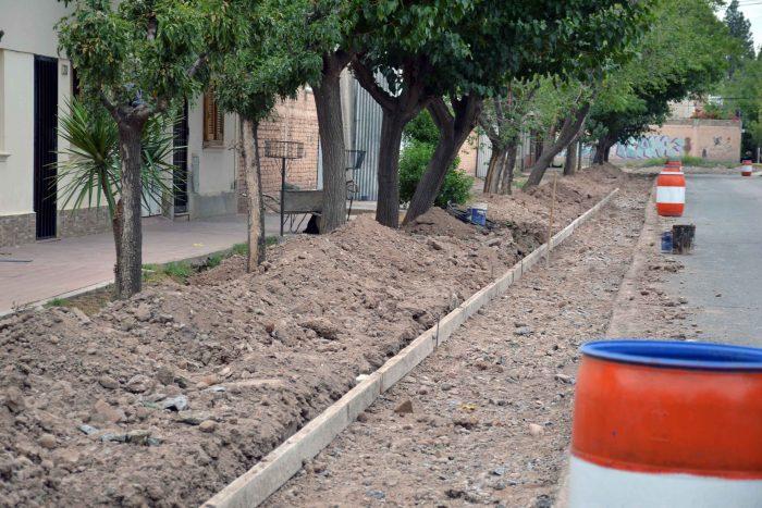 Obra de drenaje - calle Magallanes (3)