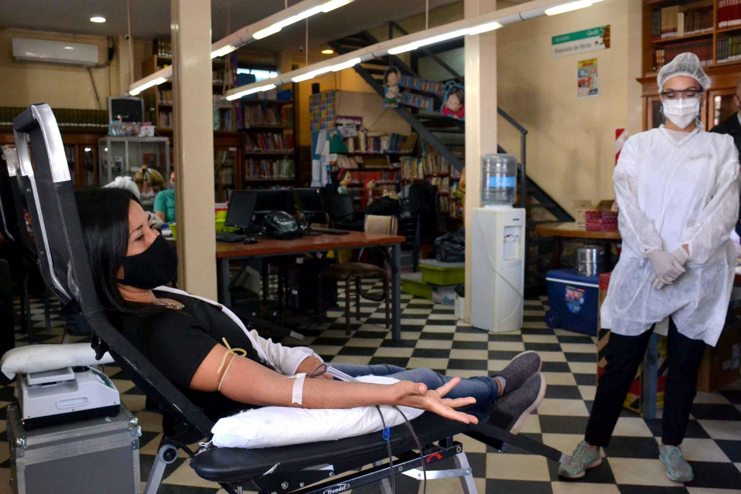 Donación de sangre -Biblioteca Almafuerte . (3)