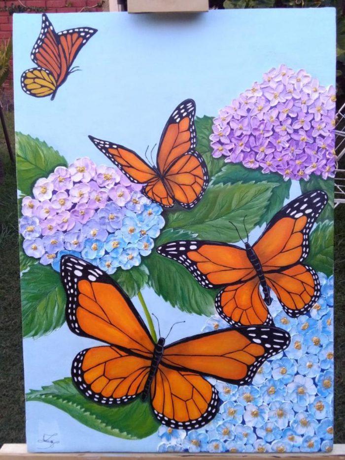 Mariposas entre hortensias - Virginia Lichtenberg