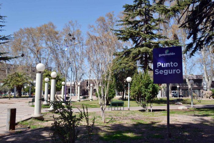 Punto seguro - Plaza José Néstor Lencinas (2)
