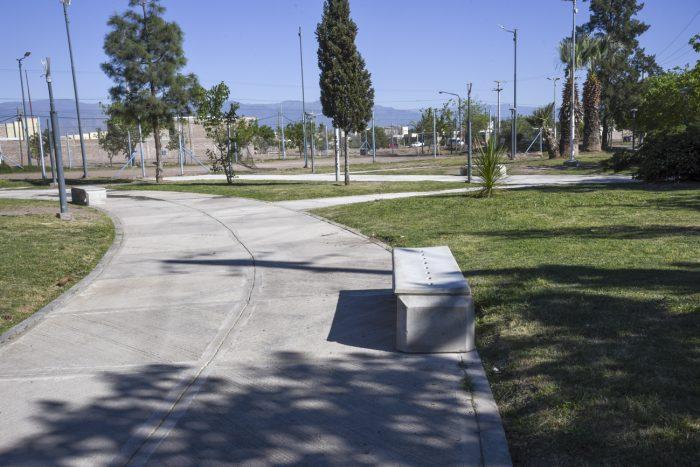 Plaza del barrio Santa Rita (1)